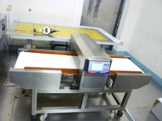 Sensitivity Foodprocessing Metal Detector Magnetic For Meat / Beverage